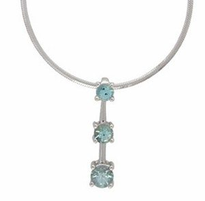 Three stones Aquamarine white gold pendant