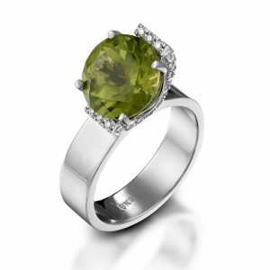 Peridot & diamonds ring model Bloom