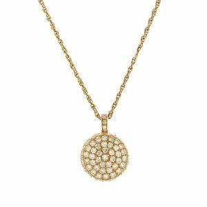 Round diamonds pendant model Berry