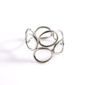 Button loop ring