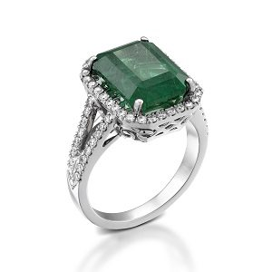 Emerald & diamonds ring model Julia