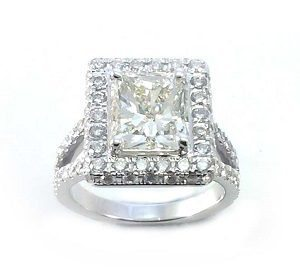 Radiant cut diamond cocktail ring model Don