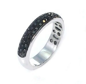 Black diamonds 3 row ring model cherry
