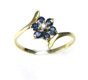 Blue Sapphires with diamond flower ring