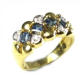 Blue Sapphires & diamonds ring Lair of blue flowers
