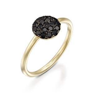Black diamonds yellow gold ring model Berry black top
