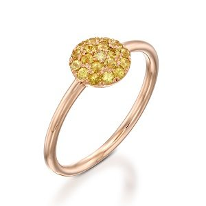 Yellow Sapphires ring model Berry