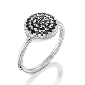 Black diamonds ring model Berry W