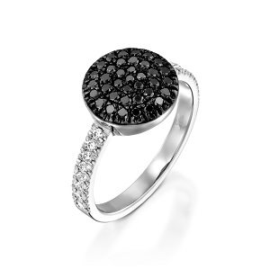 Black diamonds and white diamonds ring model Berry S