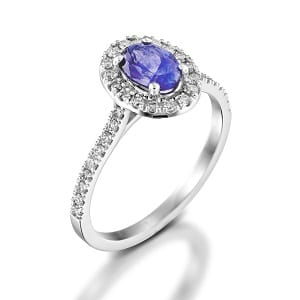 Tanzanite & diamonds ring model Moran