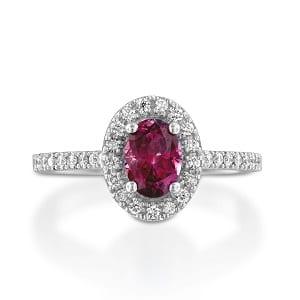 Garnet & diamonds ring model Moran