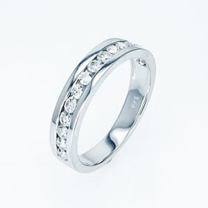 Diamonds channel band ring 0.80 carats