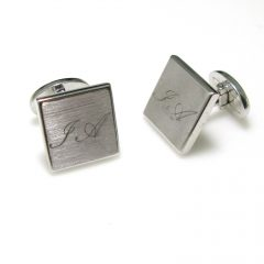 Gentlemen a jewelry for you!